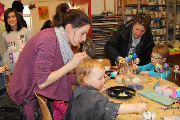 Jugendkunstschule-stellt-sich-an-bestens-besuchtem-Tag-der-offenen-Tuer-vor-Bunt-und-abwechslungsreich_image_630_420f
